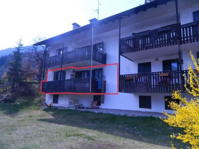 Appartamento in buone condizioni parzialmente arredato in vendita Rif. 4366258