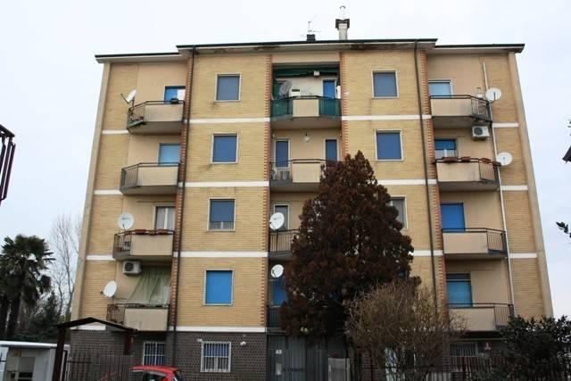 Appartamento in ottime condizioni in vendita Rif. 4858424