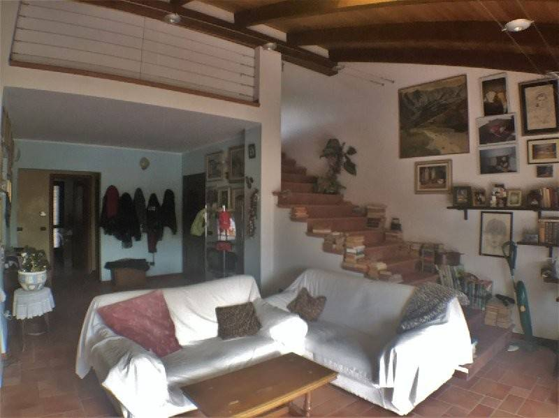 Foto 1 di Appartamento via fornero, 1, San Carlo Canavese