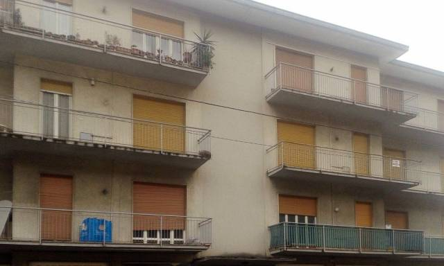 Appartamento in buone condizioni arredato in vendita Rif. 5037469