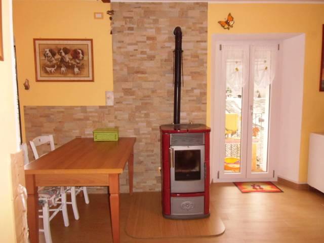 Appartamento trilocale in vendita a Druogno (VB)