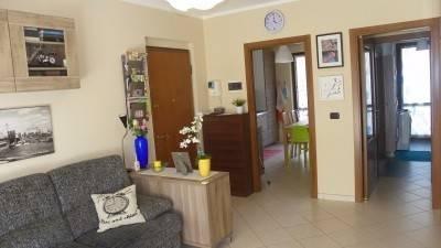 Appartamento in ottime condizioni in vendita Rif. 4408906