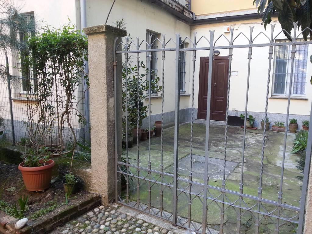 Ufficio / Studio in affitto a Pavia, 2 locali, prezzo € 500 | CambioCasa.it