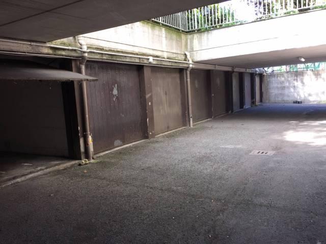 Disponibilità di N.1 garage di superficie 15 mq. L'unità si trova al piano interrato di un condomi