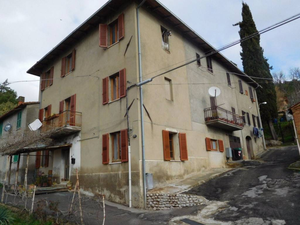 Casa indipendente in Vendita a Citta' Della Pieve: 5 locali, 150 mq