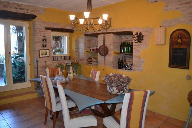 Casa Indipendente in ottime condizioni in vendita Rif. 4244573