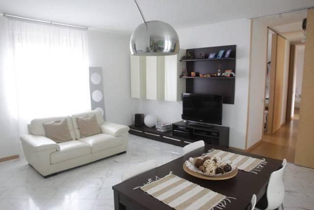 Appartamento in ottime condizioni in vendita Rif. 4858425