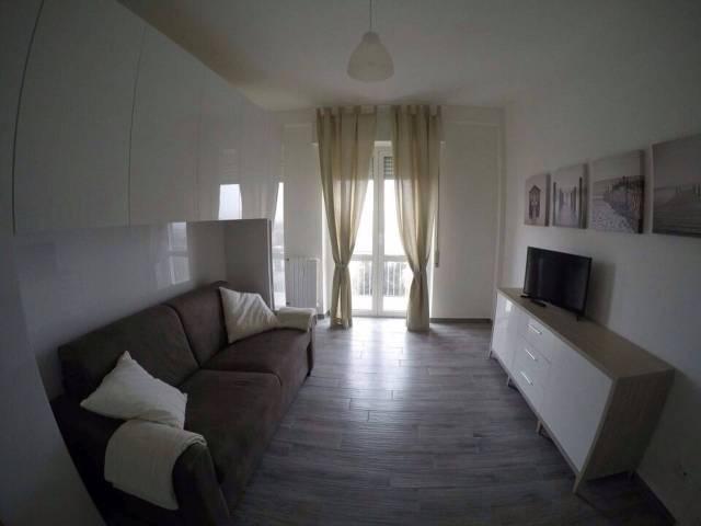 Appartamento in ottime condizioni arredato in affitto Rif. 7213417