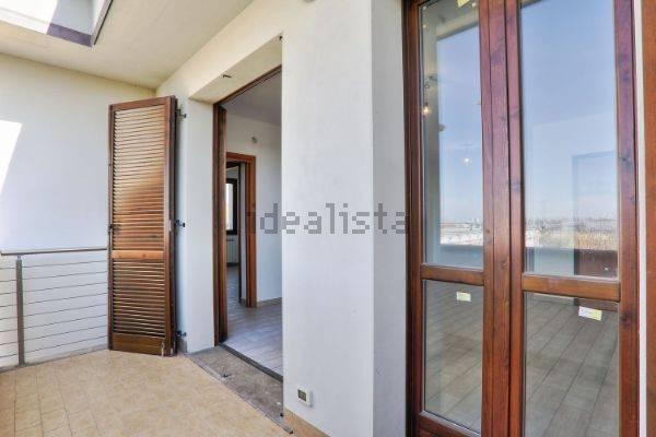 Appartamento in affitto Ponsacco nuovo, vuoto, 2 camere