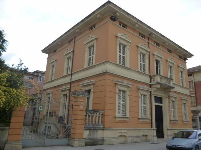 Casa Indipendente in buone condizioni parzialmente arredato in vendita Rif. 4983441
