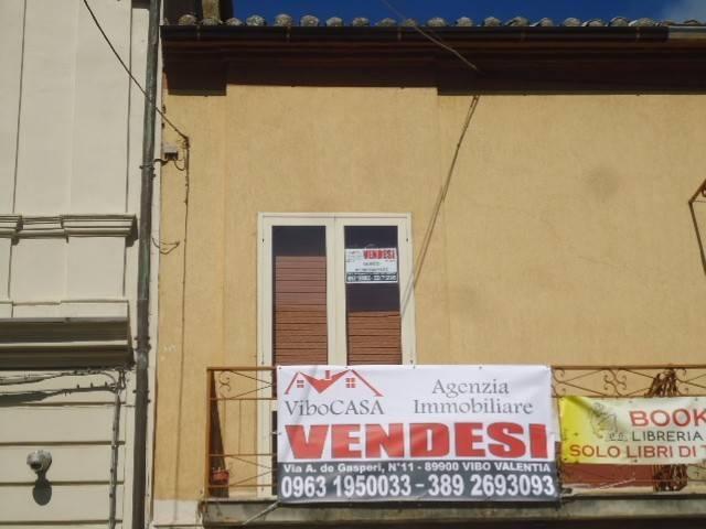 Appartamento da ristrutturare in vendita Rif. 7969931