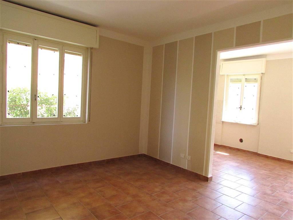 Appartamento in vendita a Garlasco, 3 locali, prezzo € 68.000   CambioCasa.it