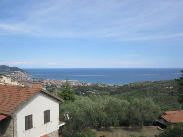 Appartamento in vendita a Diano Marina, 5 locali, prezzo € 230.000 | CambioCasa.it