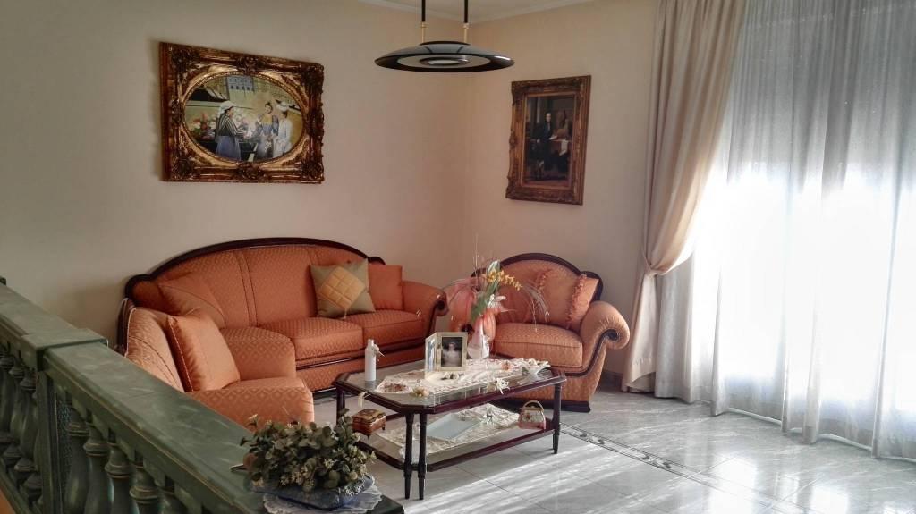 Appartamento in vendita a Veglie, 4 locali, prezzo € 97.000 | PortaleAgenzieImmobiliari.it