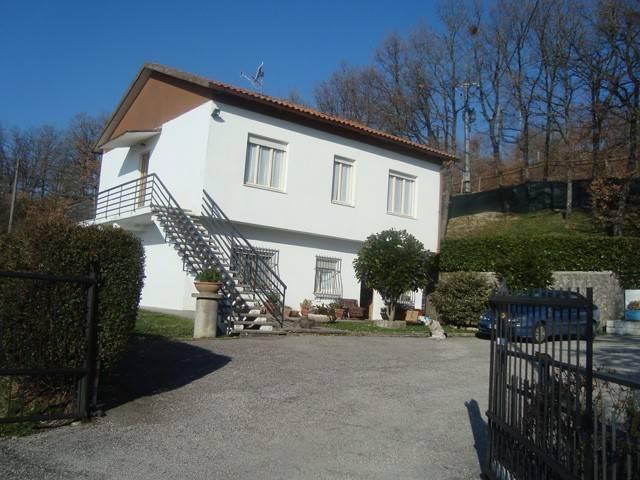 Rustico / Casale in vendita a Montecopiolo, 5 locali, prezzo € 120.000 | CambioCasa.it