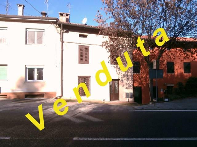 Rustico / Casale da ristrutturare in vendita Rif. 4950194