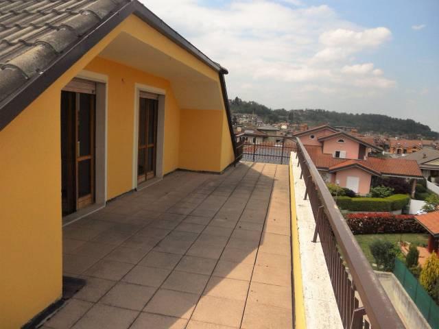 Vignolo appartamento da ristrutturare con ampio terrazzo via degli Orti 1