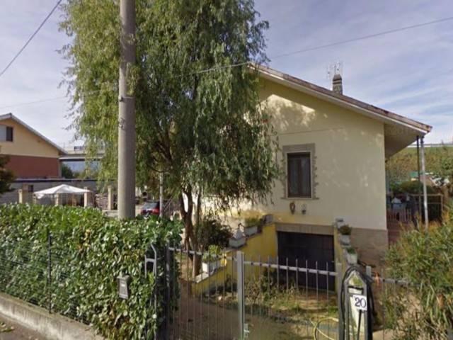 Villa in vendita a Ciriè, 5 locali, prezzo € 57.000 | CambioCasa.it