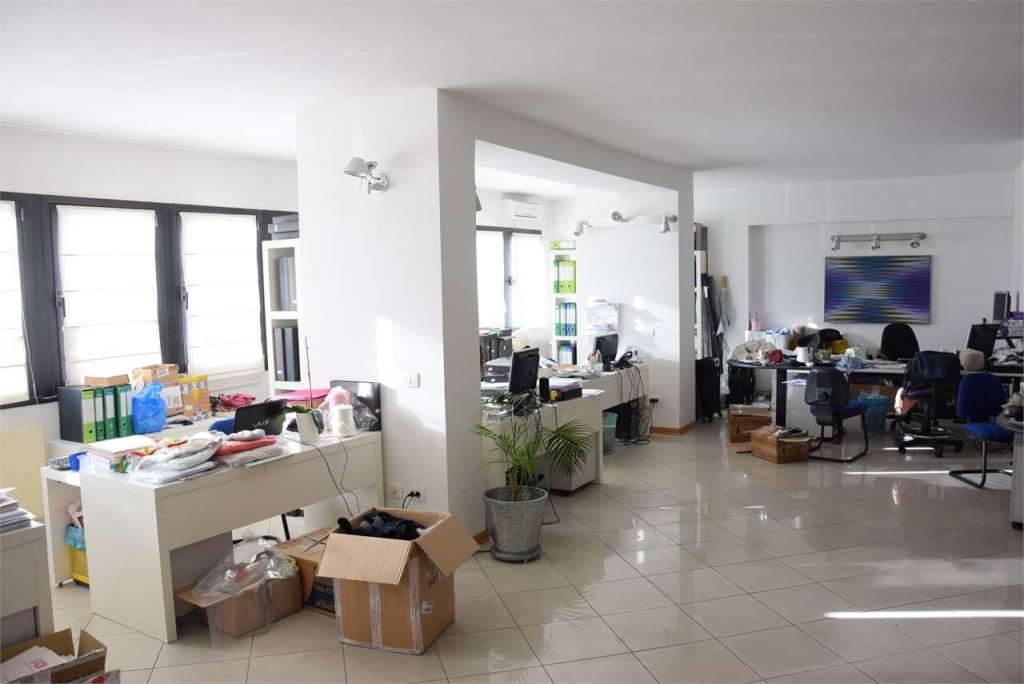 Ufficio in affitto Rif. 8079997