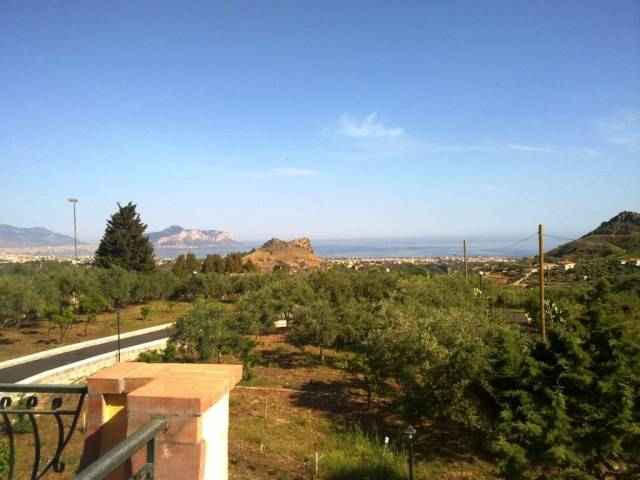 Villa in Vendita a Bagheria Periferia: 5 locali, 200 mq