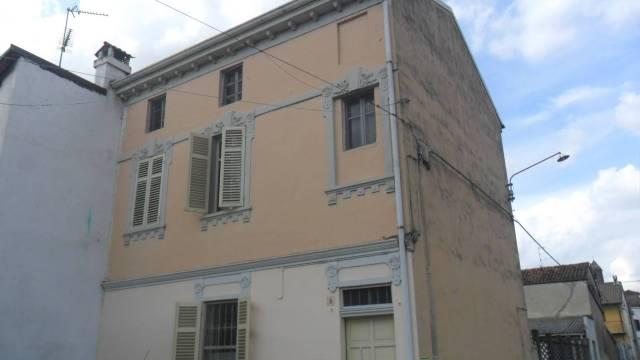 Rustico / Casale in buone condizioni in vendita Rif. 7323150