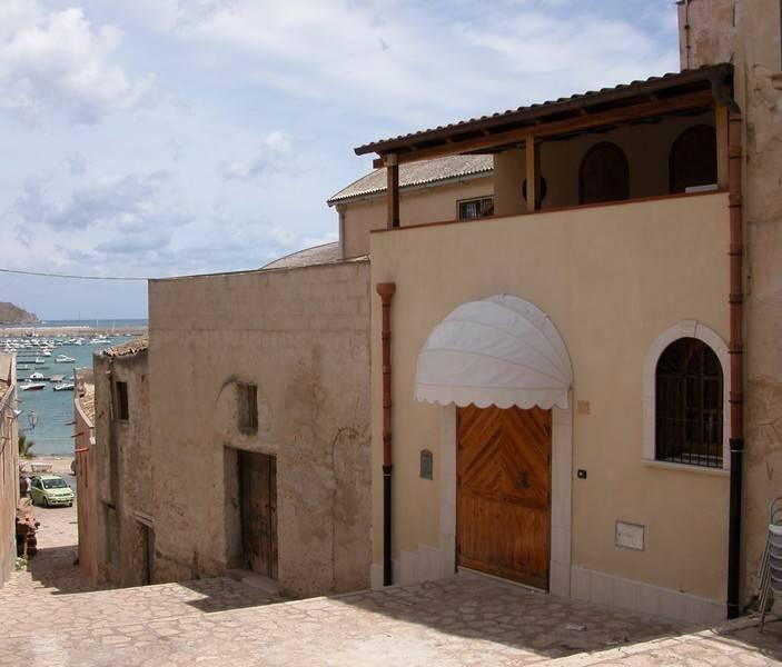 Soluzione Indipendente in vendita a Castellammare del Golfo, 4 locali, prezzo € 240.000   CambioCasa.it