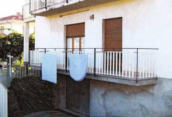 Appartamento in vendita a Albiano d'Ivrea, 5 locali, prezzo € 37.000 | CambioCasa.it