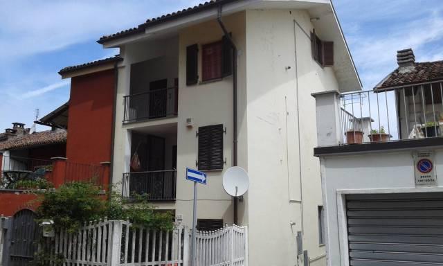 Soluzione Indipendente in vendita a Poirino, 4 locali, prezzo € 145.000 | CambioCasa.it