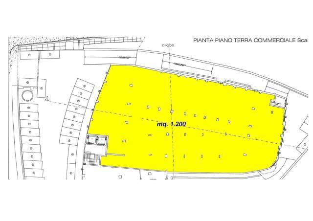 Monsummano Terme AFFITTASI Fondo Commerciale di mq. 1.200 con 30 posti auto + 150 posti in garage c Rif. 4249249