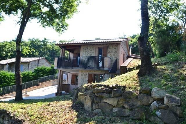 Villa in Vendita a Magione: 3 locali, 100 mq