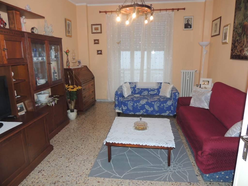 Appartamento in buone condizioni in vendita Rif. 4408391