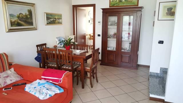Villa a Schiera in vendita a Belgioioso, 4 locali, prezzo € 169.000 | CambioCasa.it