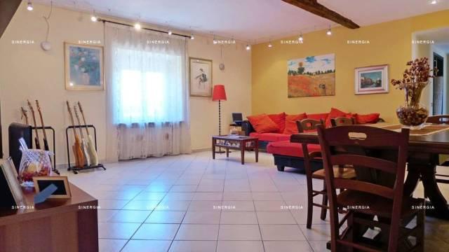 Appartamento in vendita a Abbiategrasso, 4 locali, prezzo € 228.000 | CambioCasa.it