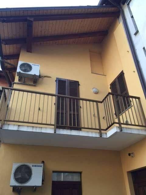 Appartamento in ottime condizioni in vendita Rif. 8829788