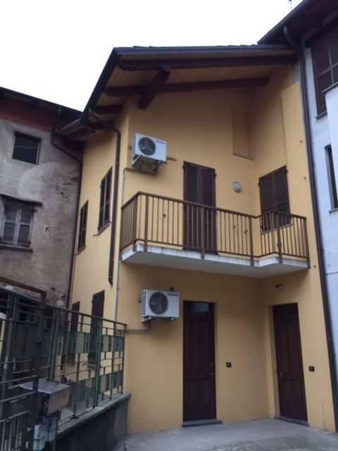 Appartamento in Vendita a Romentino