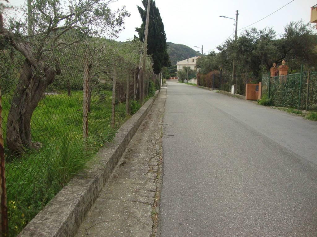 Terreno residenziale in Vendita a Messina Centro: 1840 mq