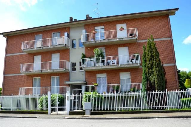 Bilocale Biella Via Edmondo De Amicis 1