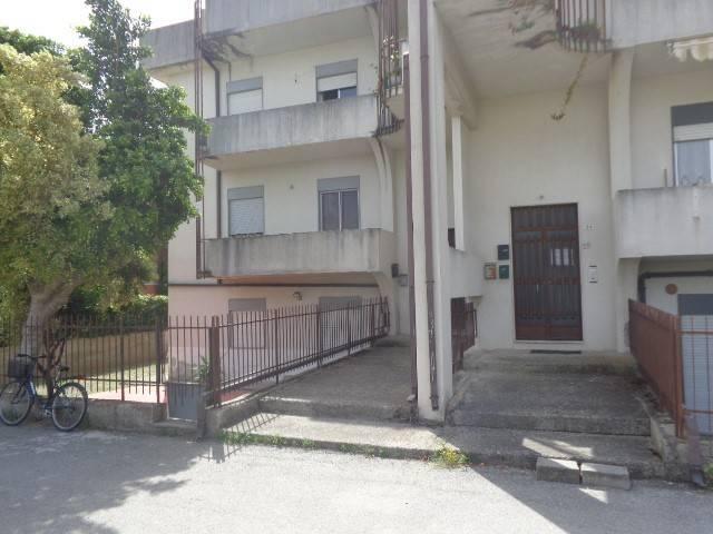 Appartamento in ottime condizioni in vendita Rif. 7844579