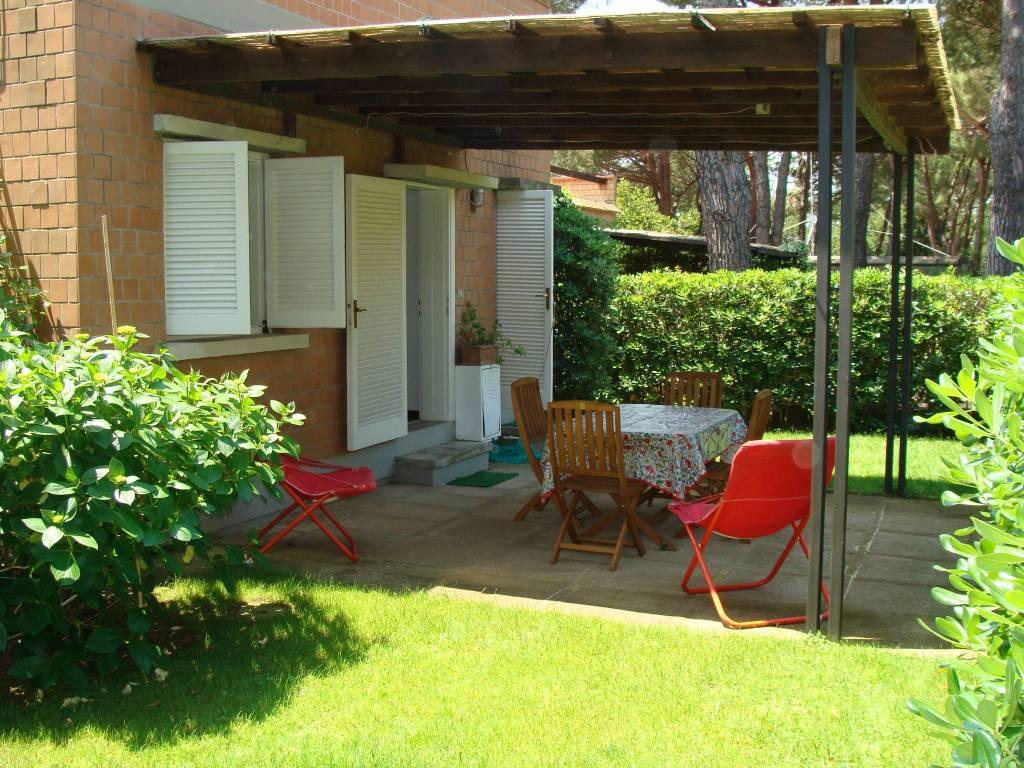 Appartamento parzialmente arredato in vendita Rif. 8818481