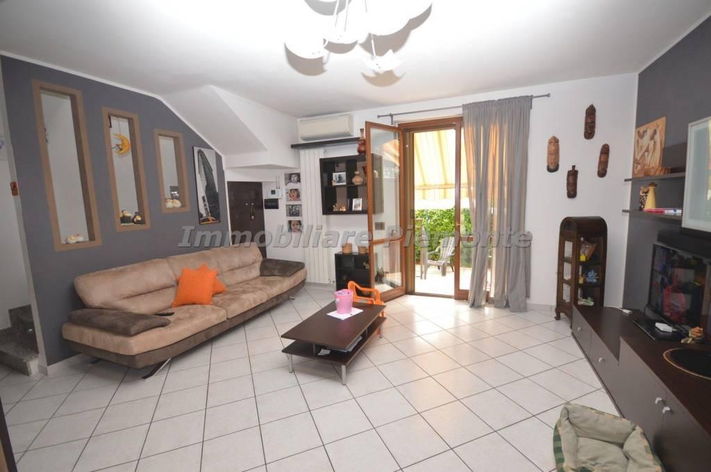 Villa in ottime condizioni in vendita Rif. 8243554