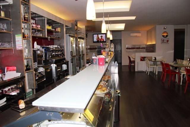 Locale commerciale in vendita in zona centrale a Foligno Rif. 4188640
