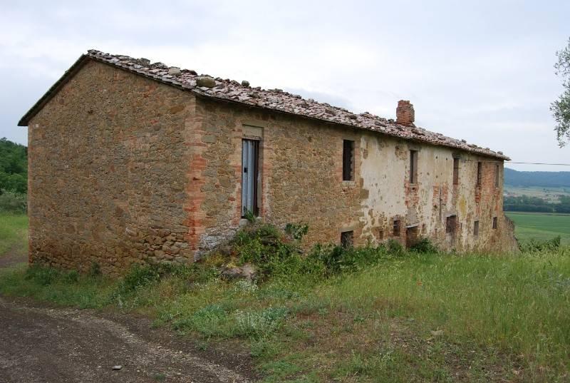 Rustico in Vendita a Magione Periferia: 5 locali, 677 mq