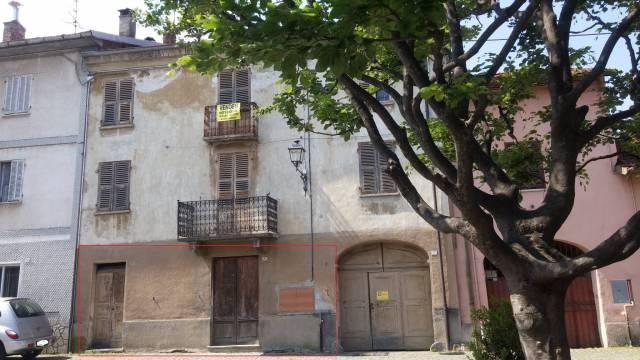 Appartamento da ristrutturare in vendita Rif. 4204970