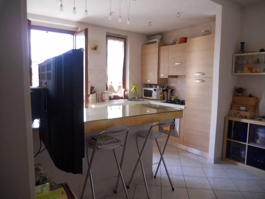 Appartamento in ottime condizioni arredato in affitto Rif. 7539830