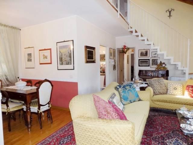 Appartamento in vendita a Vimercate, 6 locali, prezzo € 315.000   Cambio Casa.it