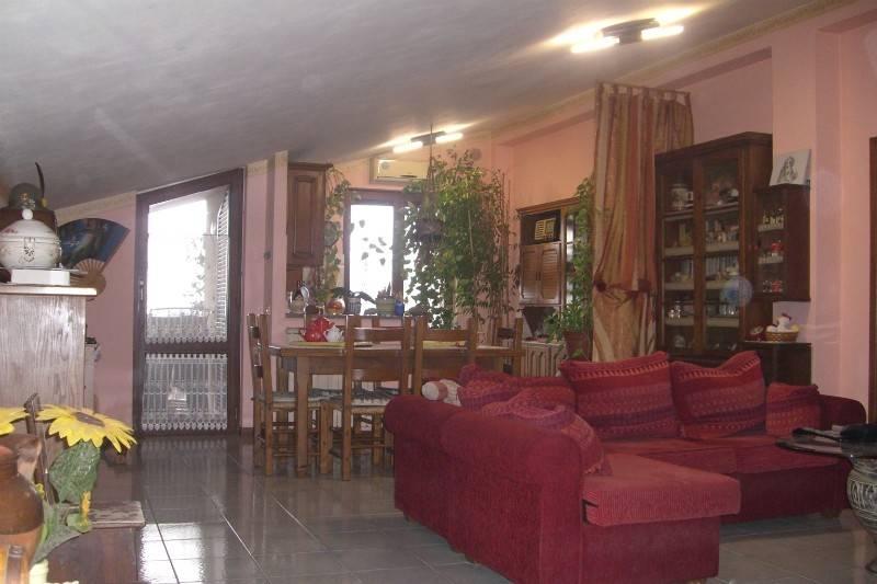 Appartamento in Vendita a Citta' Della Pieve Periferia: 4 locali, 90 mq