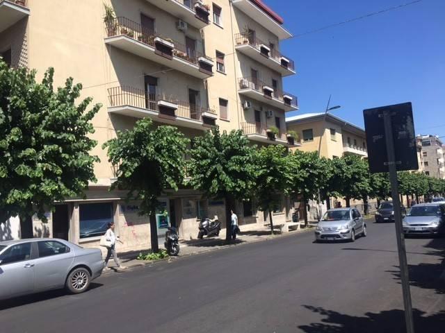 Appartamento in buone condizioni in affitto Rif. 4842866
