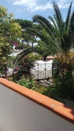 Villa in vendita a San Felice Circeo, 5 locali, prezzo € 370.000 | CambioCasa.it