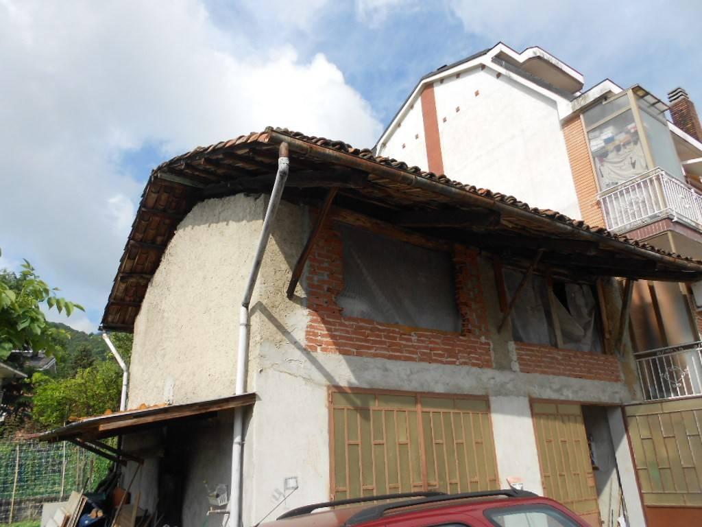 Rustico / Casale da ristrutturare in vendita Rif. 9147782