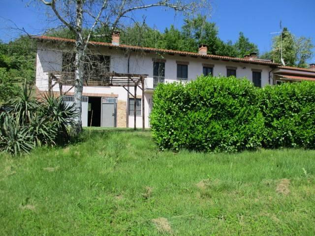 Rustico / Casale in vendita a Santo Stefano Roero, 4 locali, prezzo € 197.000 | CambioCasa.it